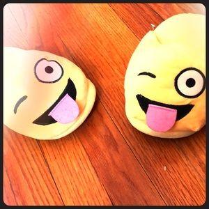 Shoes - Emoji slippers
